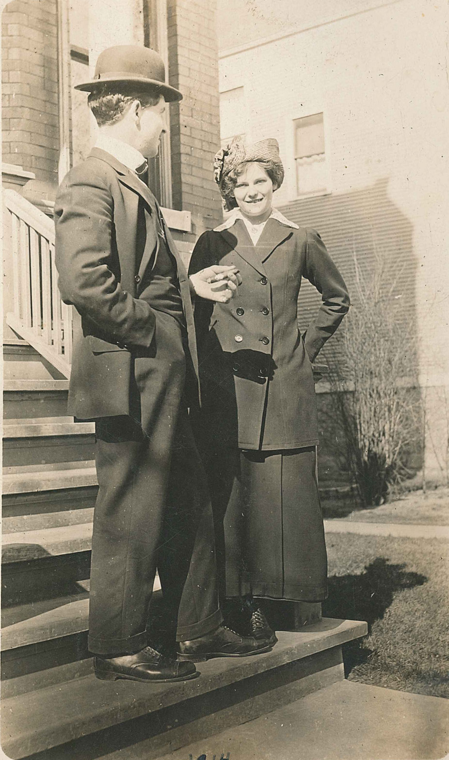 Carl and Hilda in Chicago in 1914
